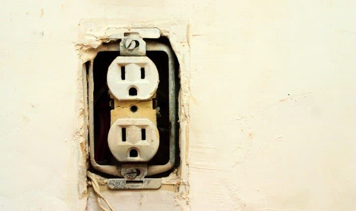 Electrical Outlet in need of Repair